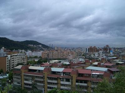 台北市内の眺望 昔は一面が湖とは驚き